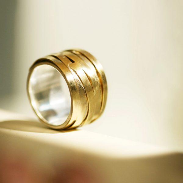 Melanconia Ring