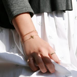 Yellow Gold Minimalist simple thin bracelets with cross and chain, bangle and customized rings _ maschio gioielli milano