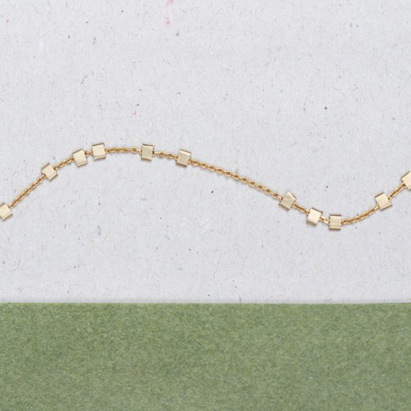 Yellow gold thin chain bracelet with little asymmetric squared gold beads _ maschio gioielli milano (1)