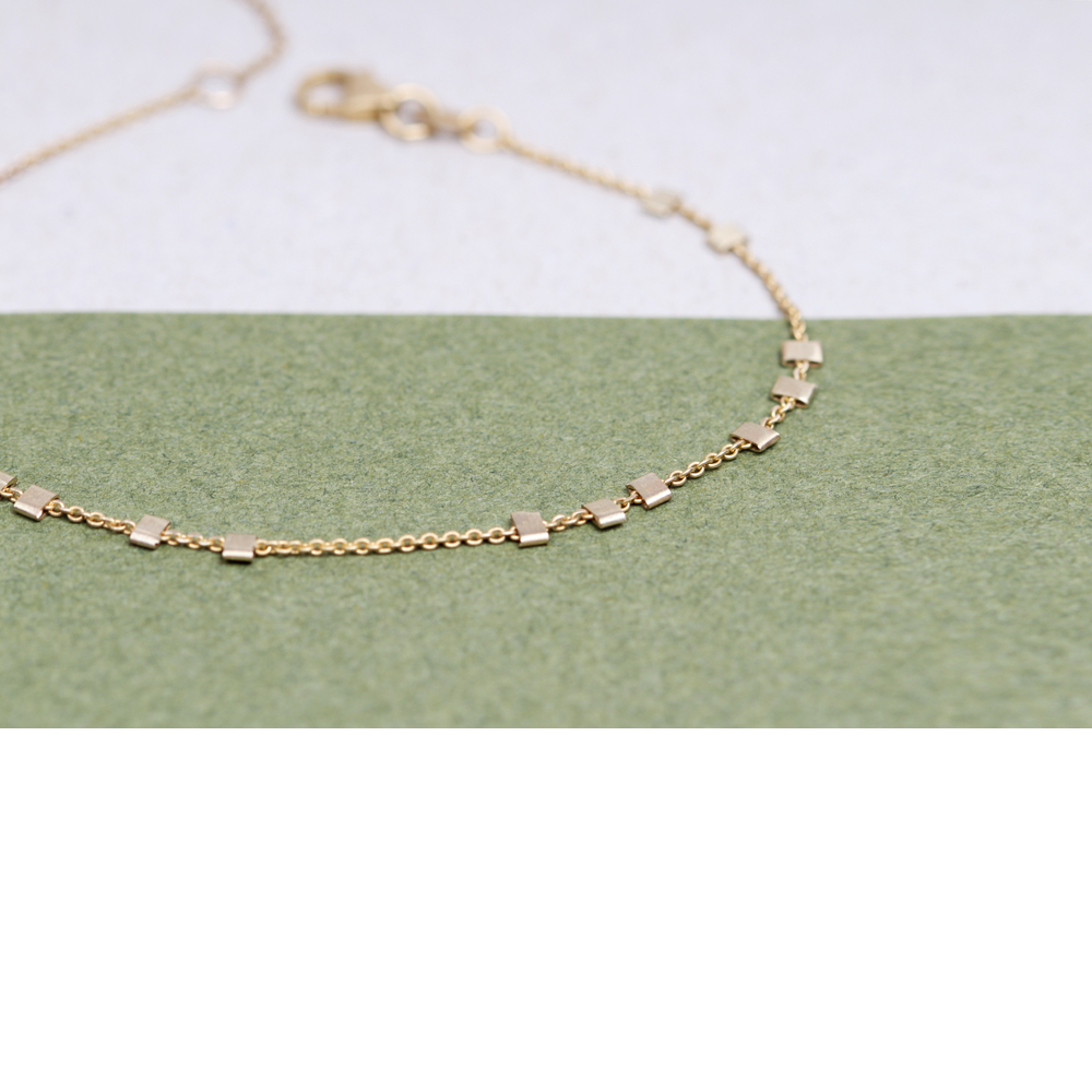 Yellow Gold Thin Chain Bracelet With Little Asymmetric Squared Beads Maschio Gioielli Milano
