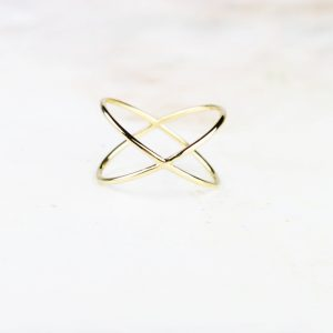 L'eleganza del bacio _ yellow gold