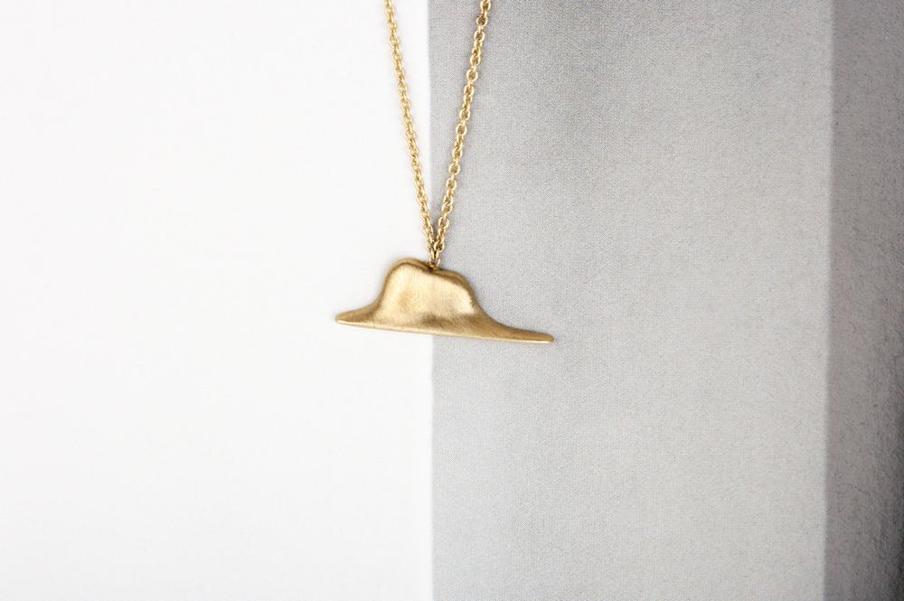 L'elefante innamorato. Collana (oro)