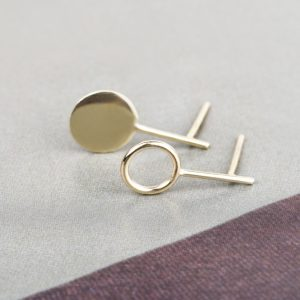 Yellow gold empty and solid flat circle stud earrings _ maschio gioielli milano