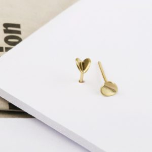 Little stud earrings with folded shapes  _ HEART (11)