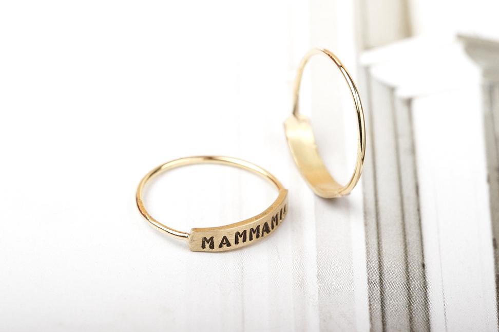 Mammamia. Ring
