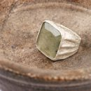 White silver ring with labradorite – vintage (2)