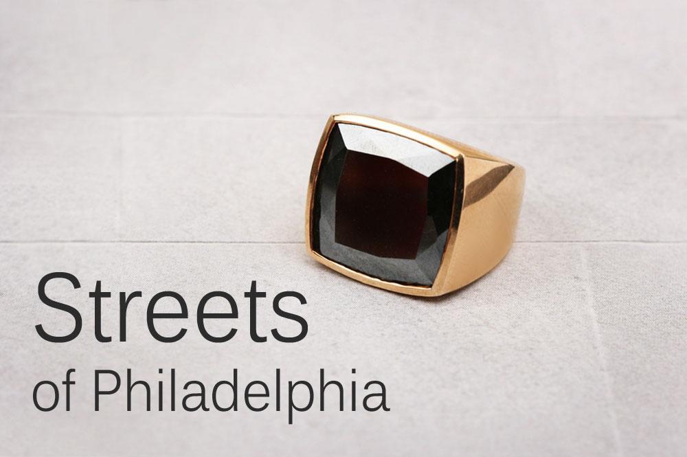 Streets of Philadelphia. Chevalier