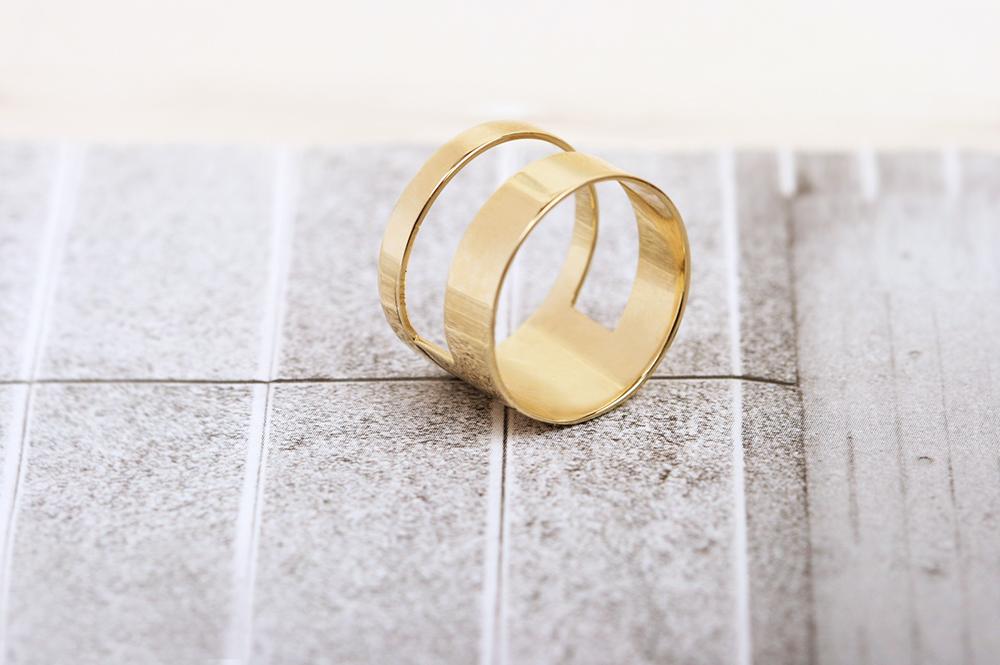 La finestra sulla promessa. Ring