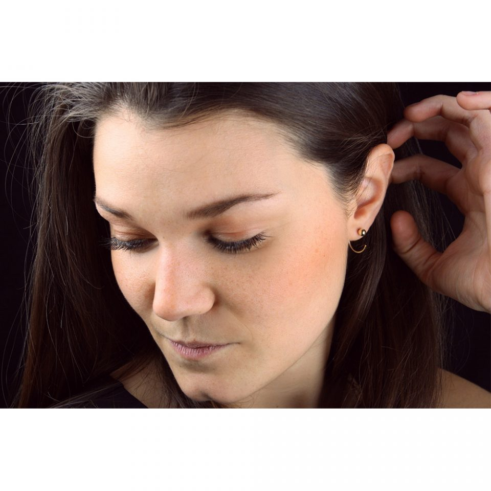 Storie di minimi mondi. Earring