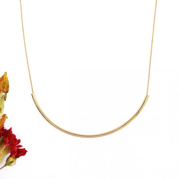 Yellow gold thin chain collar necklace with curved tube bar _ maschio gioielli milano