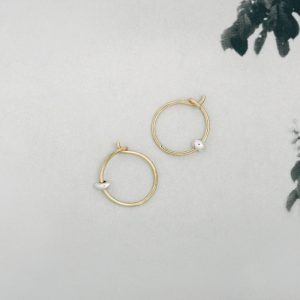 Handmade Yellow Gold small thin hoop circle earrings with silver beads nuggets _ maschio gioielli milano