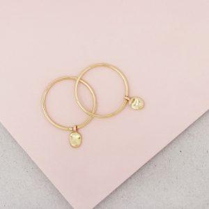 Orecchini sottili a cerchio in oro con pepite _ maschio gioielli milano