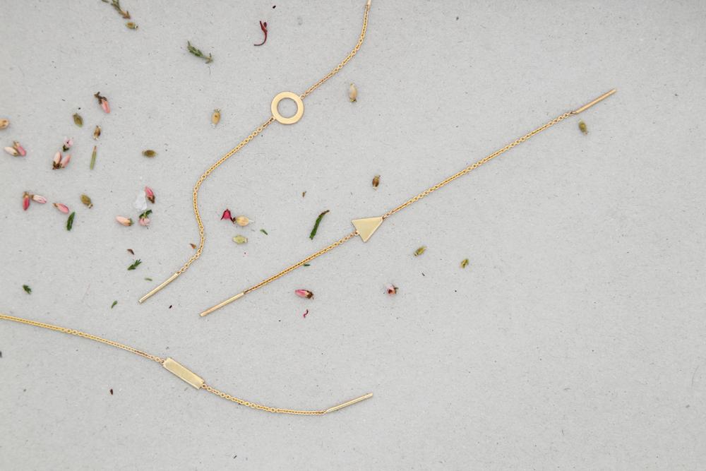 Single yellow gold long thin rolò chain with geometrical circle triangle or rectangle _ maschio gioielli milano