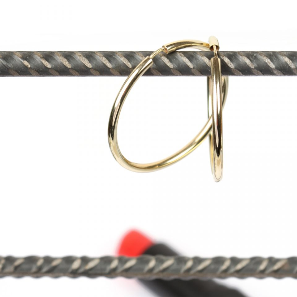 Hula Dance. Gold earrings