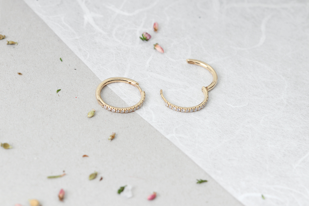 Yellow Gold Thin Little Hinged Hoop Diamonds Huggie Style Earrings Maschio Gioielli Milano 9