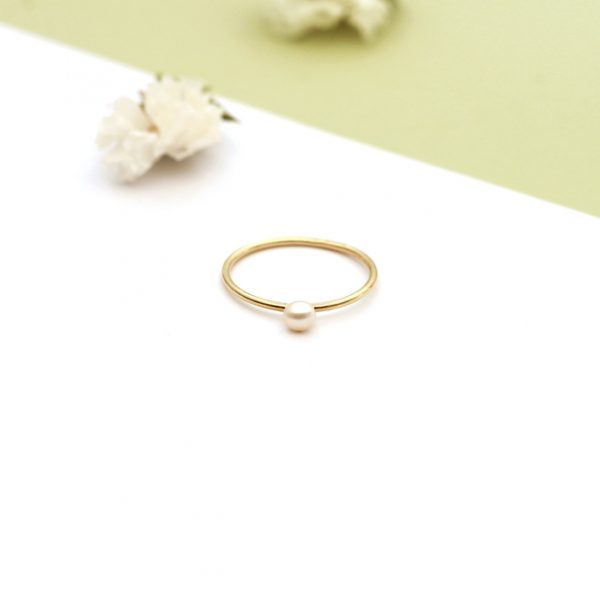 Stacking tiny thin yellow gold ring handmade with small white pearl for every finger _ maschio gioielli milano (2)