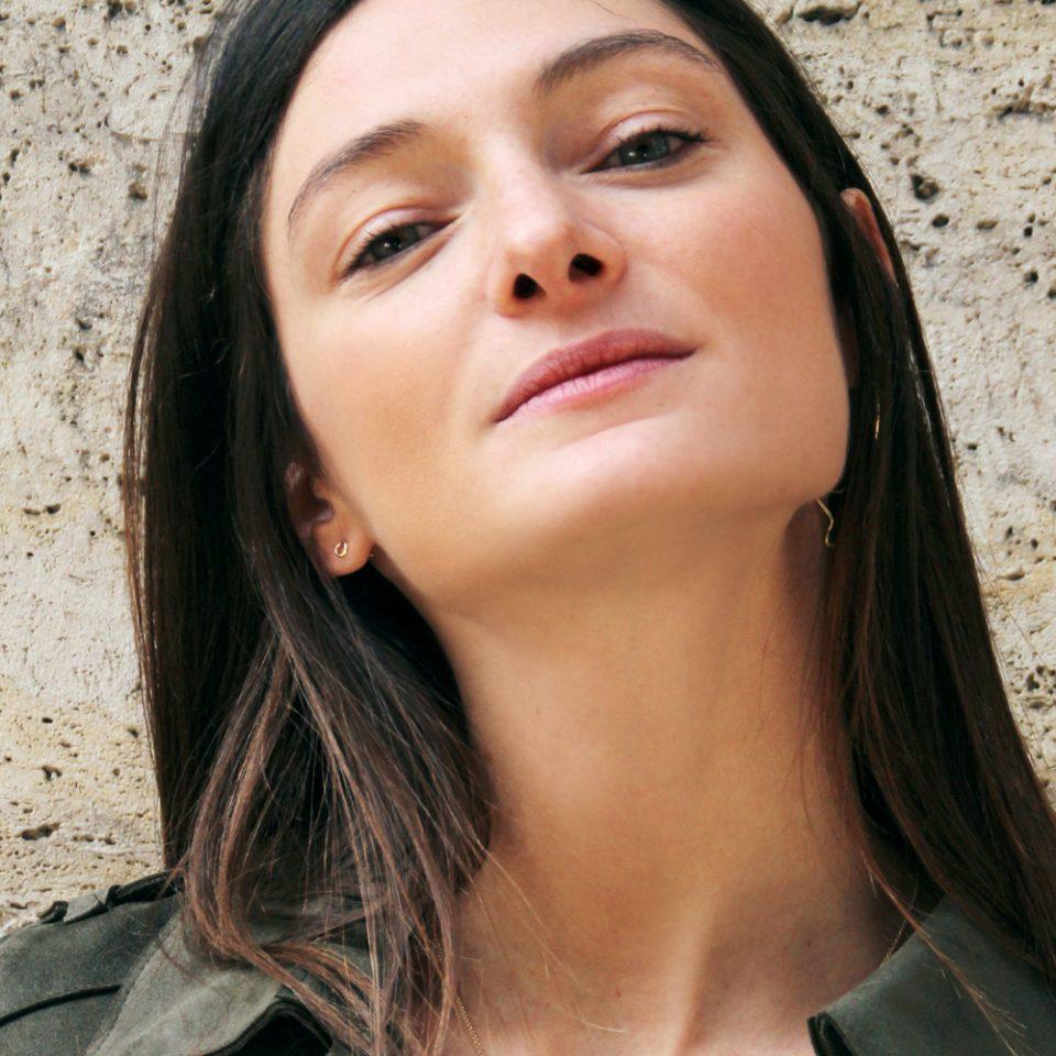 Kyklos. Single earring