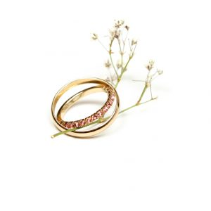 Contemporary unusual special celebration engagement wedding gold ring with fuchsia tourmaline stones _ maschio gioielli milano