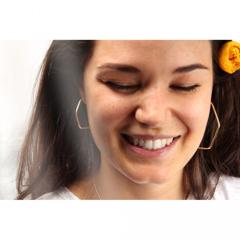 Exagerate. Earring