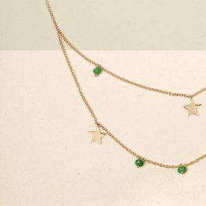 Short thin gold chain necklace with star pendants and green agate beads _ maschio gioielli milano