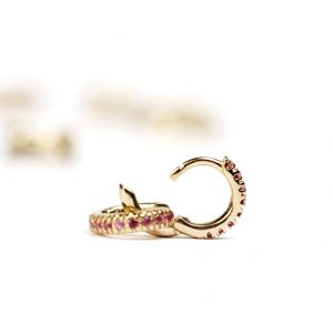 Gold mini creole hoop earrings with brilliant cut fuchsia tourmaline _ maschio gioielli milano