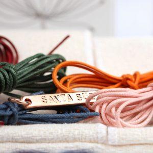 Ciondolo rettangolare personalizzato in argento rosa _ SANTA SUBITO _ maschio gioielli milano