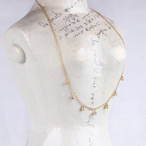 Tiny thin yellow gold chain short necklace with mini diamonds pendants _ star + moon _ maschio gioielli milano (2)