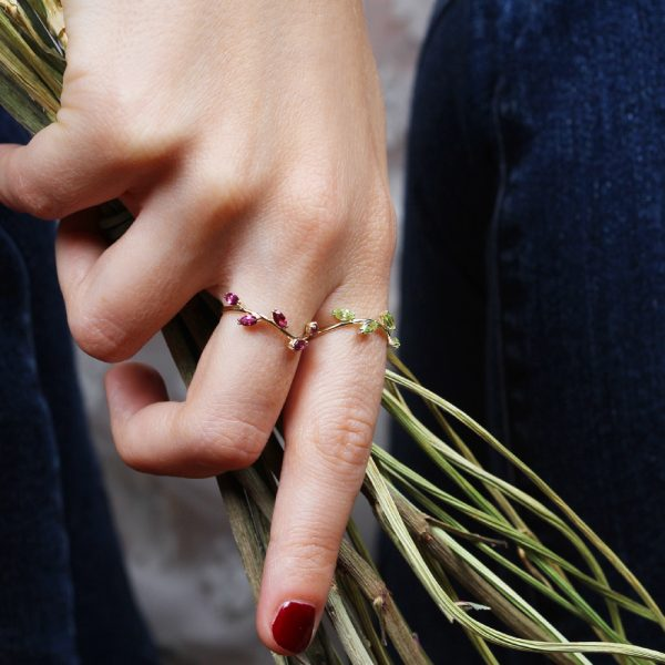 Organic style thin ring with navette cut stones' leaves _ maschio gioielli milano (2)