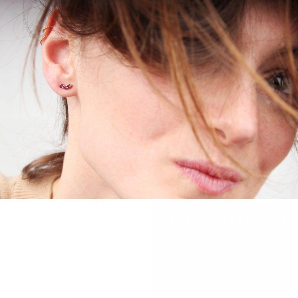 Accoglienza. Single earring