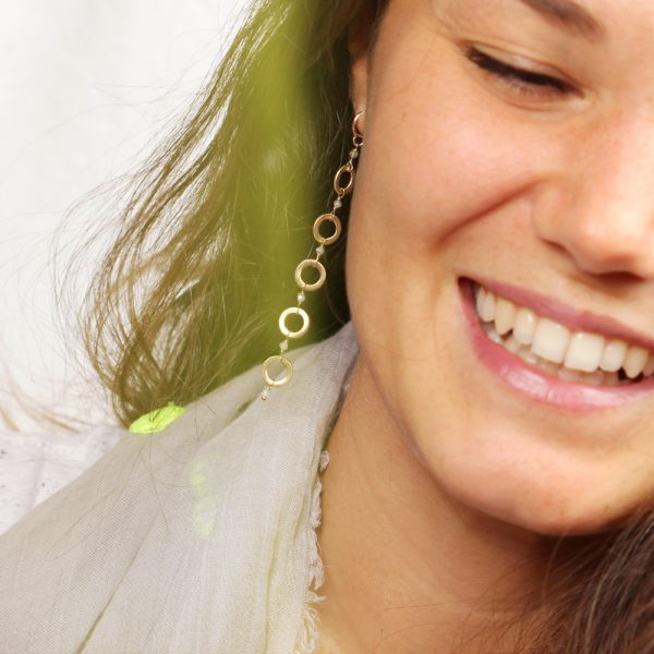 Ethnic and light gold dangle earrings with gray labradorite stones _ maschio gioielli milano (2)