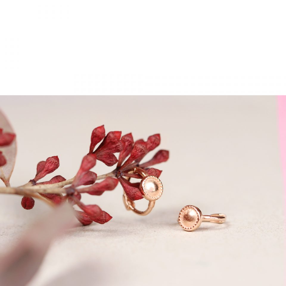 Avvolgimento spontaneo. Earrings