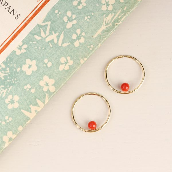 Gold hoop earrings with red coral beads _ maschio gioielli milano (1)