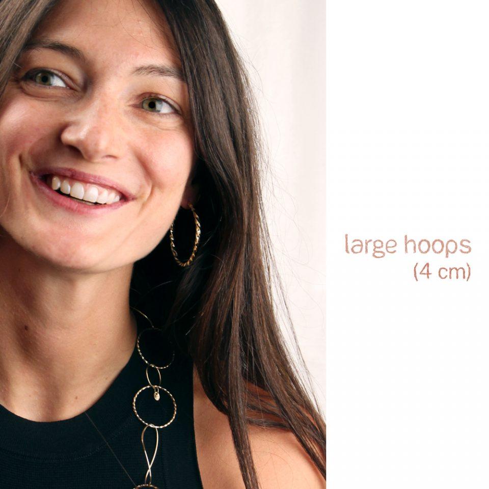 Siri a Mykonos. Earrings