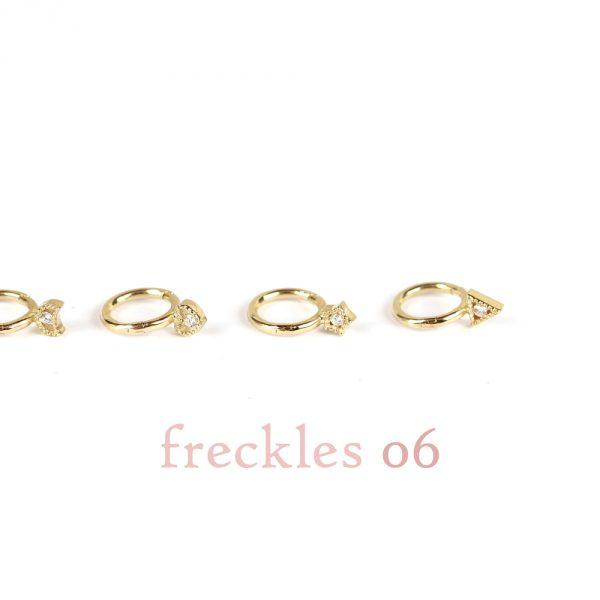 Mini orecchini a cerchietto piercing in oro giallo con diamante _ 06 _ maschio gioielli milano