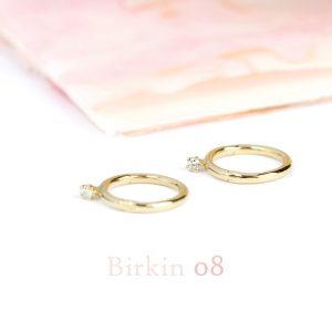 Piccoli orecchini a cerchio in oro giallo con diamanti taglio brillante _ maschio gioielli milano