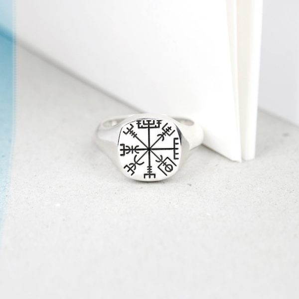 Squared Small Finger Signet Chevalier Silver Ring for Man and Woman _ customized with initials, letters, family crest _ maschio gioielli milano (4)