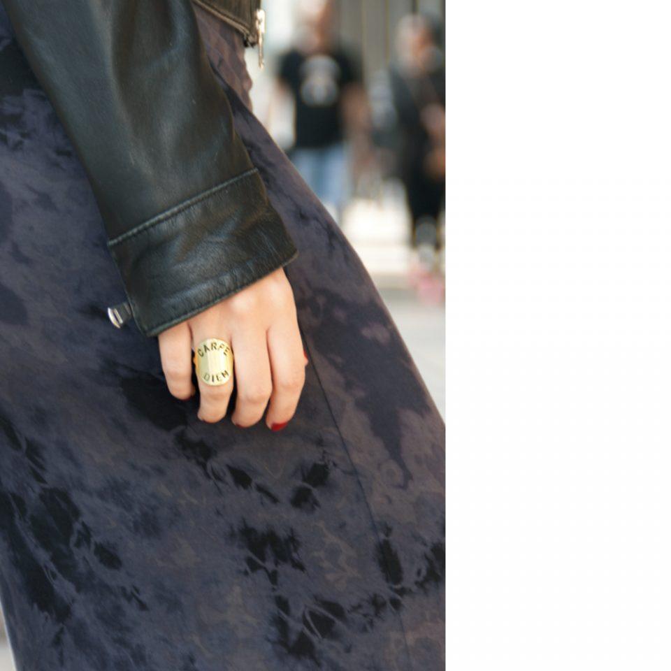 Puros. Gold rings