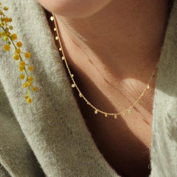 Thin chain necklace with mini round pendants in yellow gold _ maschio gioielli milano